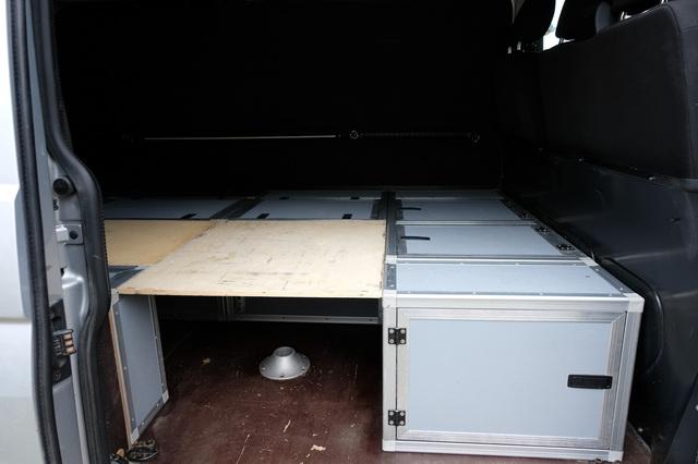 [VENDU] Vends Kit coffres-lit-table pour T5 T6 2011250913471058617142737