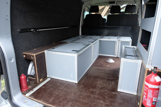 [VENDU] Vends Kit coffres-lit-table pour T5 T6 2011250914071058617142743