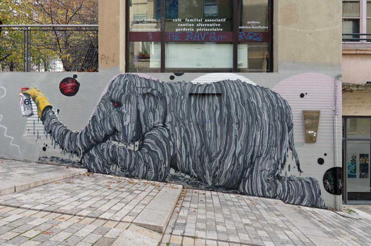Peintures / Fresques / Tags & art de rue - Page 3 20121410592822045017170507