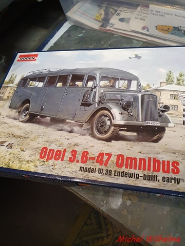 OPEL 3.6 -47  Omnibus  RODEN 1:72 2102230855395625617278680