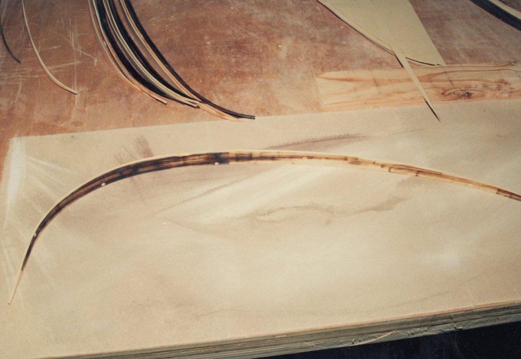 Fabrication d'instruments de musique anciens de bgire - Page 3 NzKqLb-1991-Chittarrone-Sellas-117