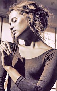 Alicia Vikander 1XVrLb-A-Vikander-19