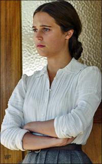 Alicia Vikander GZVrLb-A-Vikander-321