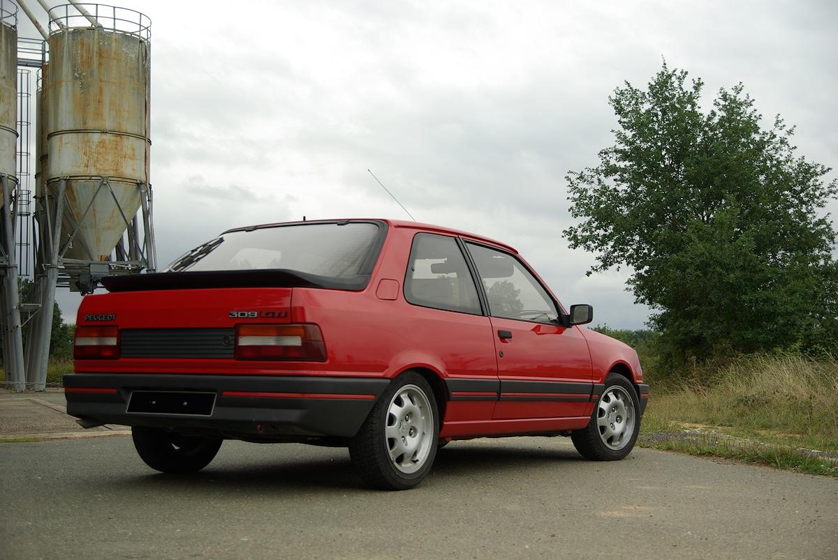 [86] 309 GTI - 130cv - AM88 - Rouge 21050208281325911817397502