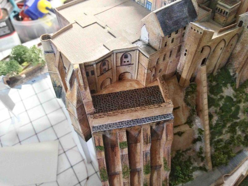 Mont St-Michel (scratch carton 1/500°) de philiparus - Page 13 21061912063323648417468350