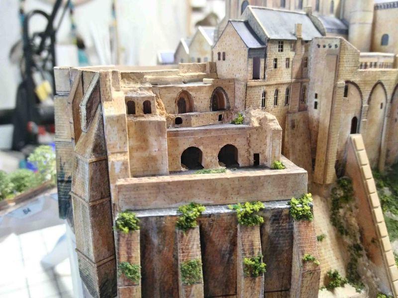 Mont St-Michel (scratch carton 1/500°) de philiparus - Page 13 21061912063923648417468359