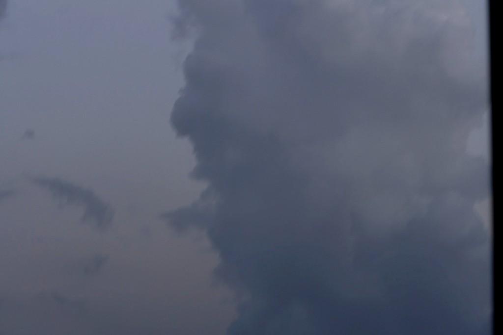 la tête dans les nuages 21062101131610250317470295