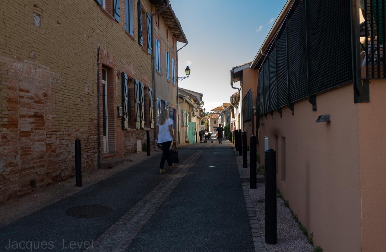 Architecture / Rues / Ambiance de ville / Paysages urbains - Page 35 YAOWLb--R002307-1