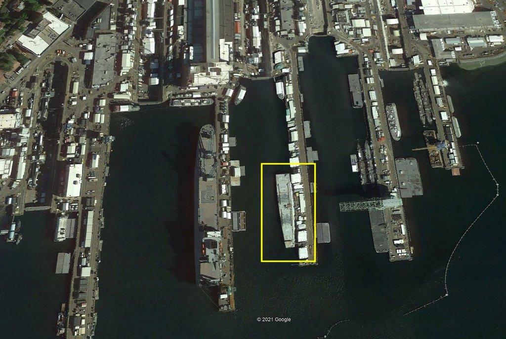USS Long Beach - CGN-9 (Dragon 1/700°) TGgeMb-Long-Beach-PSNY