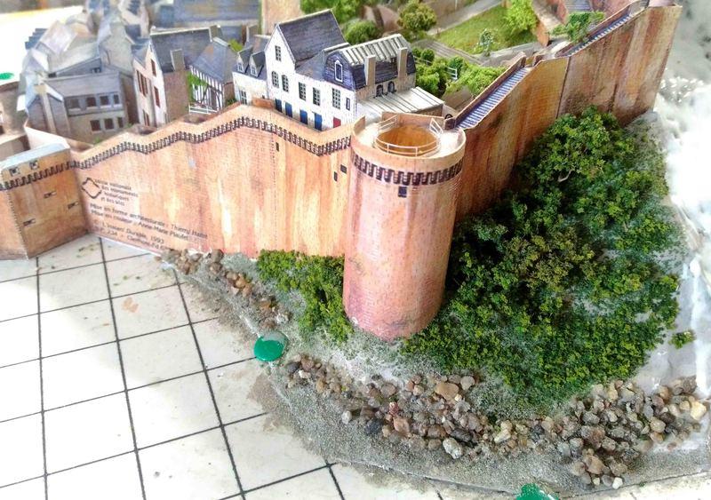 Mont St-Michel (scratch carton 1/500°) par philiparus - Page 14 21071903005423648417498247