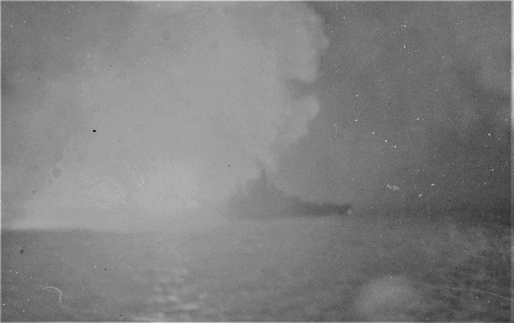 USS West Virginia (Trumpeter+superdetail Five Star 1/700°) de IsKor - Page 2 SS8pMb-West-Virginia-08-Surigao