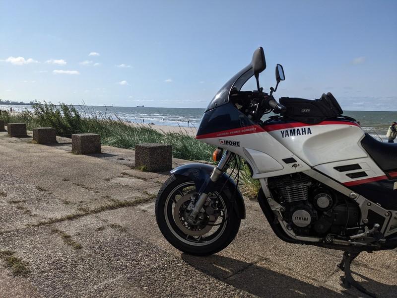 Passion: Motos et motards - Page 33 21082607375724298217541622
