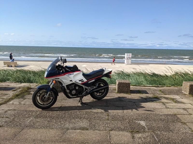 Passion: Motos et motards - Page 33 21082607380424298217541624