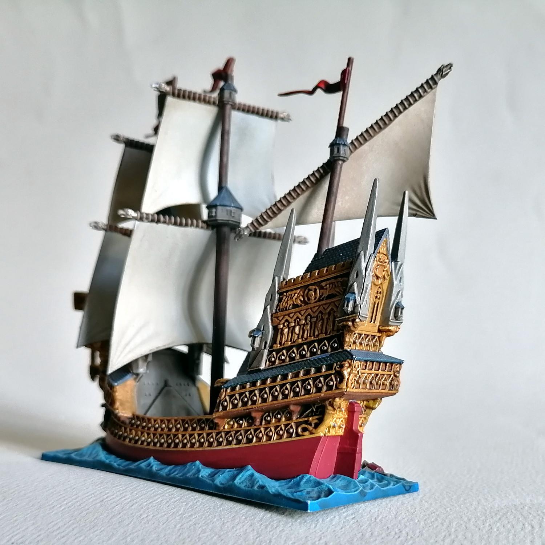 Dreadfleet : des navires dans le monde de Warhammer CnlvMb-Helden04