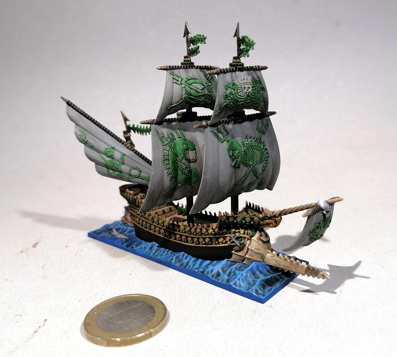 Dreadfleet : des navires dans le monde de Warhammer FkOvMb-Espadon05