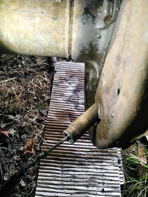 Remplacement de câble de frein à main 21092210355625446017582498