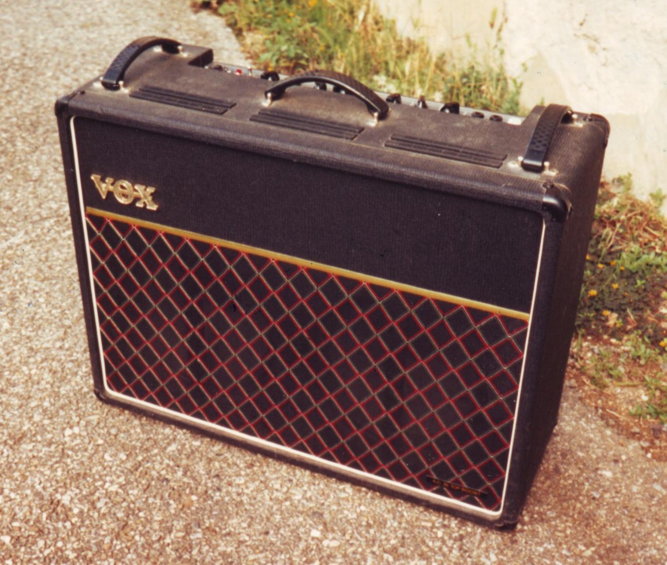 [Image: pZo4Mb-my-VOX-AC30-Top-Boost-1976.jpg]